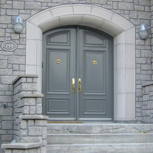 Portes d 39 acier sur mesure portatec fabricant de portes for Cadre de porte interieur