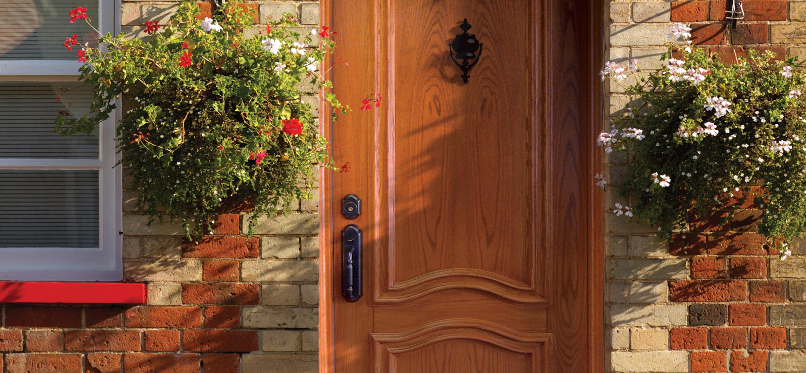 Rev tement de bois ext rieur sur porte portatec for Porte bois exterieur sur mesure